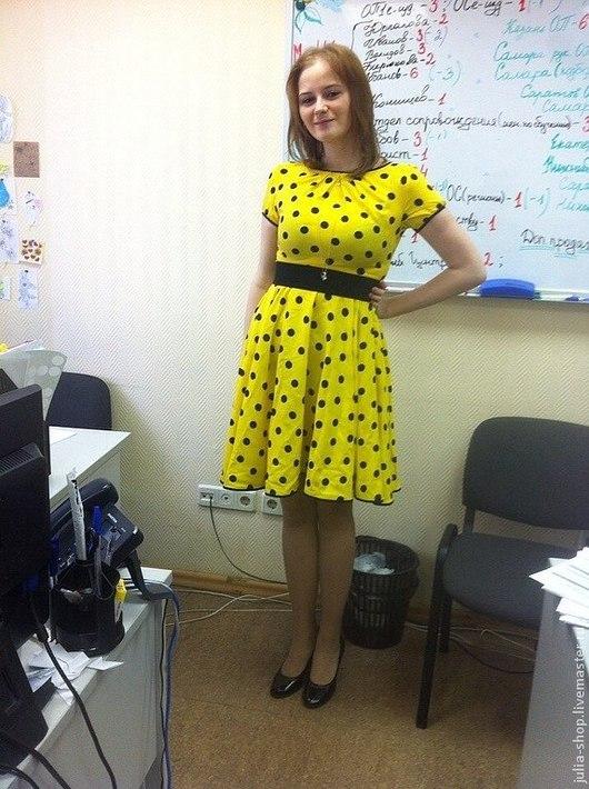 Платья ручной работы. Ярмарка Мастеров - ручная работа. Купить Летнее платье в горошек с юбкой-солнце из  хлопка. Handmade. Желтый