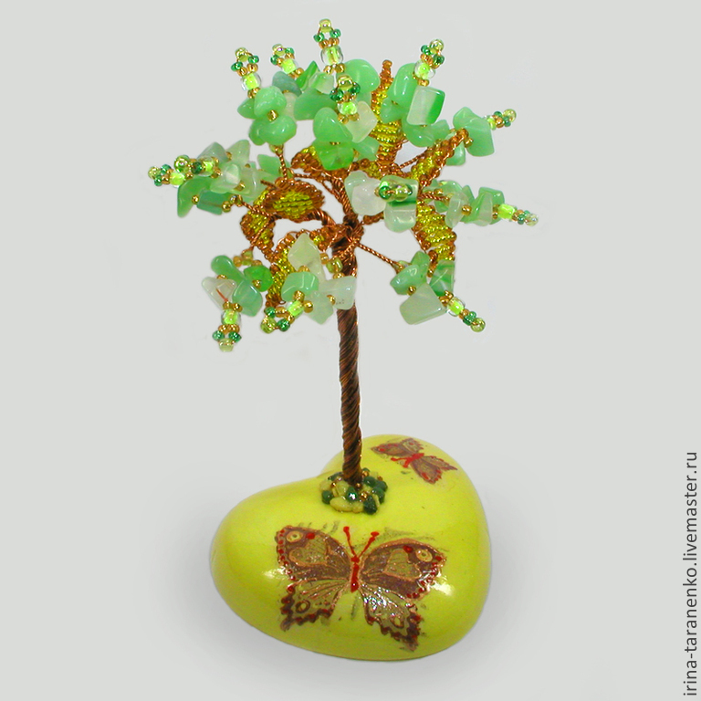 Tree of peridot on painted heart `the Joy of the soul`