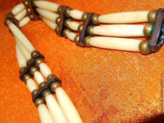 Винтажные украшения. Ярмарка Мастеров - ручная работа. Купить Винтажное колье бусы слоновая кость кожа.. Handmade. Бусы, винтаж