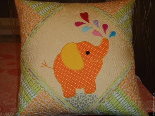 """Детская ручной работы. Ярмарка Мастеров - ручная работа. Купить """"Слоник"""" наволочка на подушку. Handmade. Желтый, наволочка декоративная, печворк"""