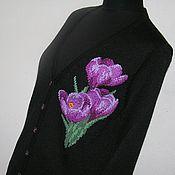 Одежда ручной работы. Ярмарка Мастеров - ручная работа Кофта с вышивкой. Крокусы. Handmade.