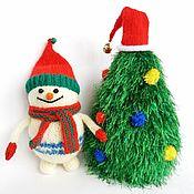 Мягкие игрушки ручной работы. Ярмарка Мастеров - ручная работа Мягкие игрушки: Снеговик под елкой.. Handmade.