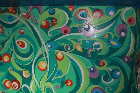 Стена внутренняя ( `летняя` кухня).Материал оббивки-ДСП.Краска-белая эмаль для внутр.работ ( + колор)