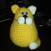 Мягкие игрушки ручной работы. Ярмарка Мастеров - ручная работа Вязаная игрушка - кот с усами. Handmade.