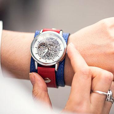 Украшения ручной работы. Ярмарка Мастеров - ручная работа Наручные механические часы Britain синие красные. Handmade.