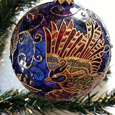Подарки к праздникам handmade. Livemaster - original item Glass Christmas ball Bird of Happiness. Handmade.