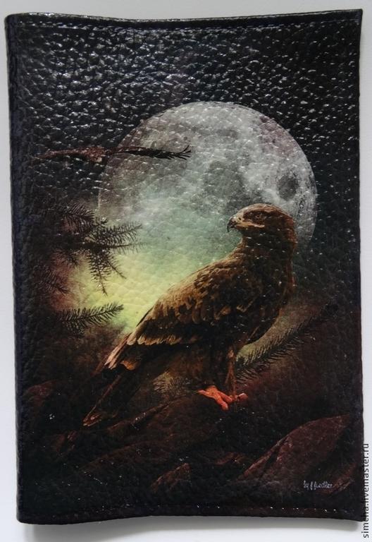 Кожаная обложка, обложка на паспорт, птица на фоне Луны, ночь, прикольная обложка, ручная работа