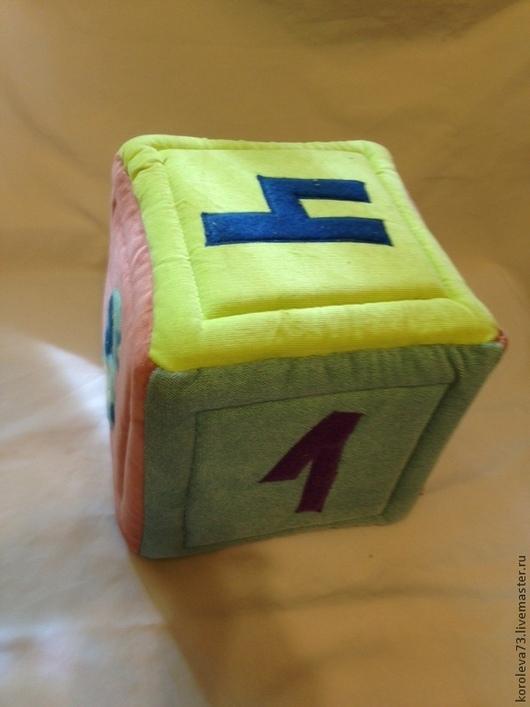 """Развивающие игрушки ручной работы. Ярмарка Мастеров - ручная работа. Купить Мягкая развивающая игрушка """"Кубик"""". Handmade. Разноцветный, холлофайбер"""