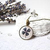 Украшения handmade. Livemaster - original item Vintage Round Pendant Clover Four-Leaf Clover For Good Luck. Handmade.