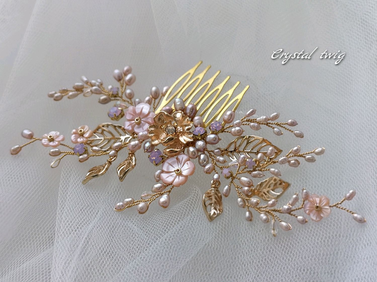 Comb pink mother-of-pearl and pearls with gold accents, Hair Decoration, Moscow,  Фото №1
