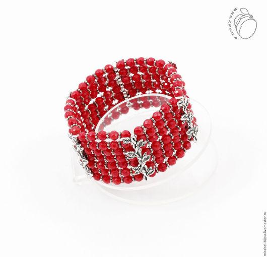 Мирабель-бижутерия. Многорядный темно красный браслет из коралла, широкий, на резинке, коралловый, под серебро, фото. Купить браслет в Москве. Mirabelle. Handmade. Multi-row bracelet of red coral