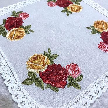 Для дома и интерьера ручной работы. Ярмарка Мастеров - ручная работа Льняная салфетка с вышивкой Royal Albert Old Country Roses. Handmade.