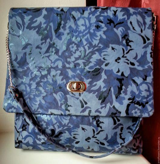 Женские сумки ручной работы. Ярмарка Мастеров - ручная работа. Купить Макси сумка из натуральной кожи синяя с цветочным принтом. Handmade.