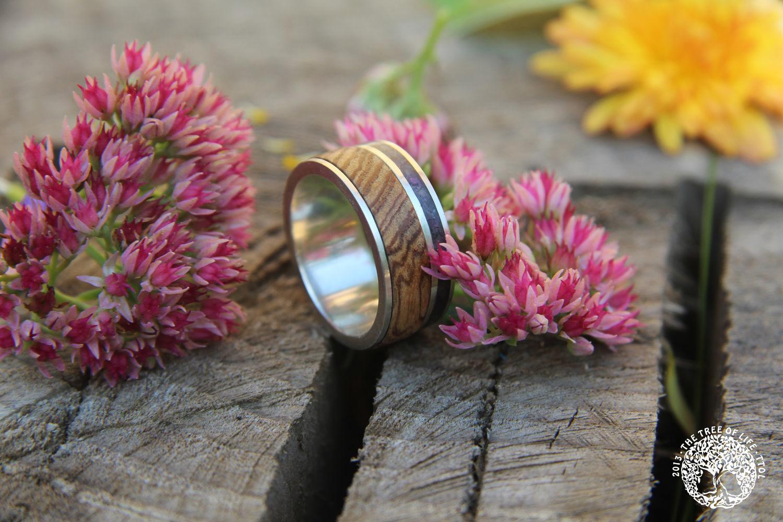 кольцо с аметистом, деревянное кольцо, кольцо из дерева, подарок дерево, деревянная свадьба, 25лет свадьбы, подарок с аметистом, украшение с аметистом, свойства аметиста, аметист, ясень,