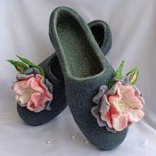 """Обувь ручной работы. Ярмарка Мастеров - ручная работа Домашние тапочки """"Дикая роза"""". Handmade."""