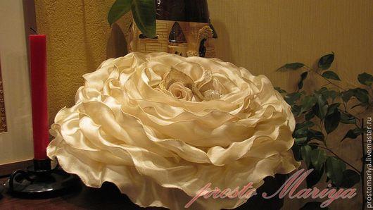 """Текстиль, ковры ручной работы. Ярмарка Мастеров - ручная работа. Купить Подушка """"Роза"""" для Елены. Handmade. Кремовый, подарок женщине"""