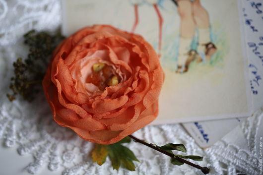 """Броши ручной работы. Ярмарка Мастеров - ручная работа. Купить Брошь/зажим """"Кудри шиповника"""". Handmade. Янтарь, брошь цветок"""