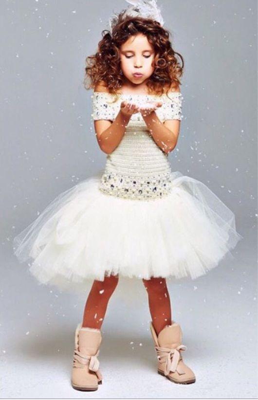 Одежда для девочек, ручной работы. Ярмарка Мастеров - ручная работа. Купить Авторское пышное платье ручной работы молочного цвета с перепадом. Handmade.