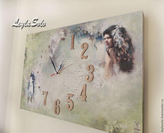 Часы в виде фрески очень большие , персональные на стену , можно в подарок. Часы с Вашим фото.