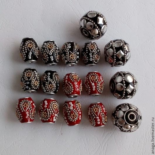 Для украшений ручной работы. Ярмарка Мастеров - ручная работа. Купить Бусины из смолы с металлическими элементами. Handmade. Разноцветный, бусины