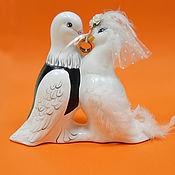 """Свадебный салон ручной работы. Ярмарка Мастеров - ручная работа керамическая статуэтка """"свадебные голуби"""". Handmade."""
