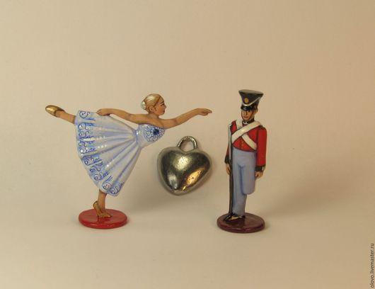 Миниатюрные модели ручной работы. Ярмарка Мастеров - ручная работа. Купить Стойкий оловянный солдатик, танцовщица, оловянное сердечко. 40 мм. Handmade.