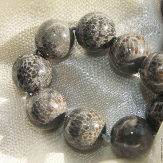 Для украшений ручной работы. Ярмарка Мастеров - ручная работа. Купить РАРИТЕТ ШАР черный окаменелый коралл Марокко. Handmade.