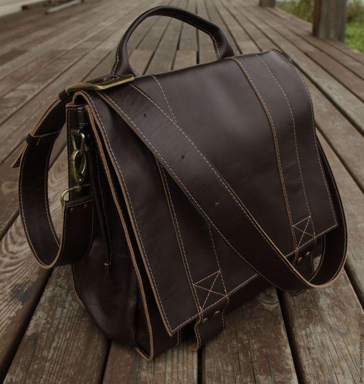 Мужские сумки ручной работы. Ярмарка Мастеров - ручная работа. Купить Мужская сумка  Redbag.. Handmade. Однотонный, сумка кожаная