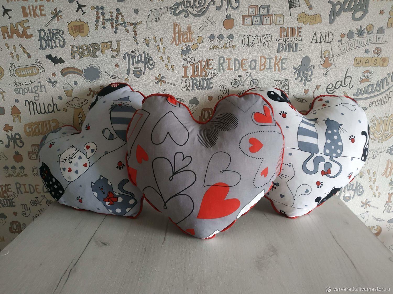 Мини - подушка сердце с милыми котиками и сердечками, Подушки, Белгород,  Фото №1