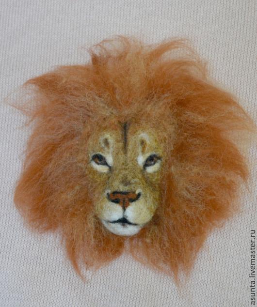 """Броши ручной работы. Ярмарка Мастеров - ручная работа. Купить Брошь валяная """"Лев"""". Handmade. Рыжий, брошь лев, шерсть"""