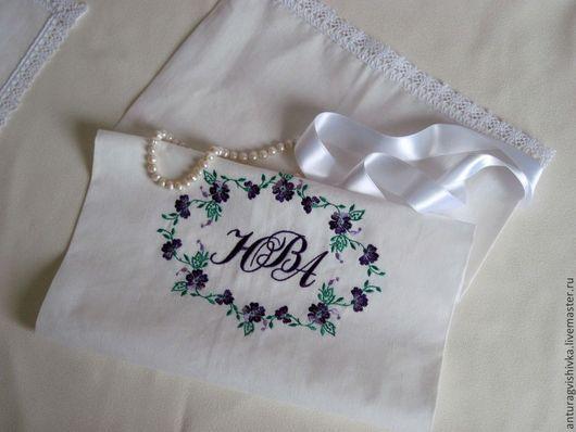 Свадебный Мешочек для подарка Монограмма может быть использован не только как подарочная упаковка, но и как самостоятельный подарок на свадьбу, юбилей свадьбы