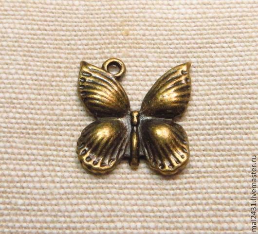 Подвеска бабочка, античная бронза