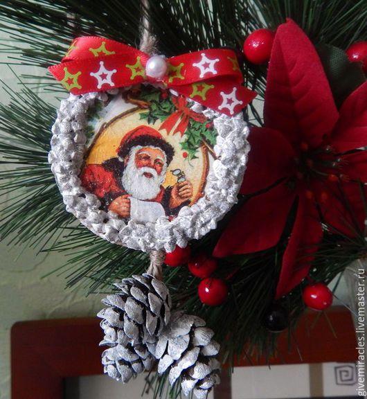 Новый год 2017 ручной работы. Ярмарка Мастеров - ручная работа. Купить Елочные деревянные украшения, рождественский подарок ручн. Handmade.