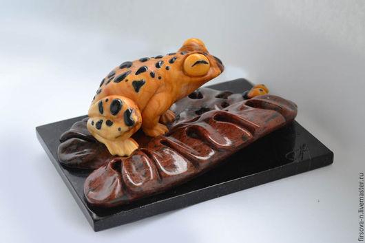 """Статуэтки ручной работы. Ярмарка Мастеров - ручная работа. Купить """"Лягушка"""" из камня. Handmade. Желтый, кальцит, авторская ручная работа"""