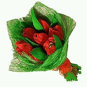 """Подарки к праздникам ручной работы. Ярмарка Мастеров - ручная работа Букет из конфет """"нежные тюльпаны"""". Handmade."""