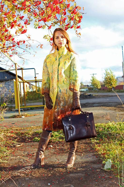 """Верхняя одежда ручной работы. Ярмарка Мастеров - ручная работа. Купить Валяное пальто """"Осенний этюд""""из верблюжьей шерсти. Handmade."""