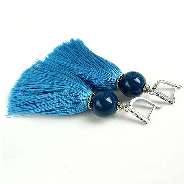 """Украшения ручной работы. Ярмарка Мастеров - ручная работа Серьги кисти голубые синие из ниток """"Blue Lagoon"""". Handmade."""