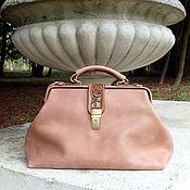 Сумки и аксессуары handmade. Livemaster - original item The handbag leather womens engraved Vintage flowers Beige. Handmade.