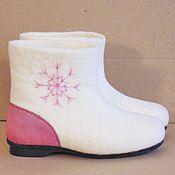 Обувь ручной работы. Ярмарка Мастеров - ручная работа Чуни со снежинкой, для стопы 23 см. Handmade.
