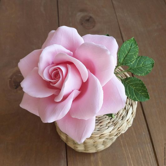 Броши ручной работы. Ярмарка Мастеров - ручная работа. Купить Зажим-брошь розовая роза. Handmade. Розовый, украшение для невесты