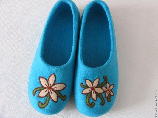 Обувь ручной работы. Ярмарка Мастеров - ручная работа. Купить Тапочки. Handmade. Тапочки валяные, тапочки женские, тапочкие домашние