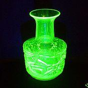 Винтаж handmade. Livemaster - original item vase. Colored URANIUM glass. The beginning of the 20th century.. Handmade.