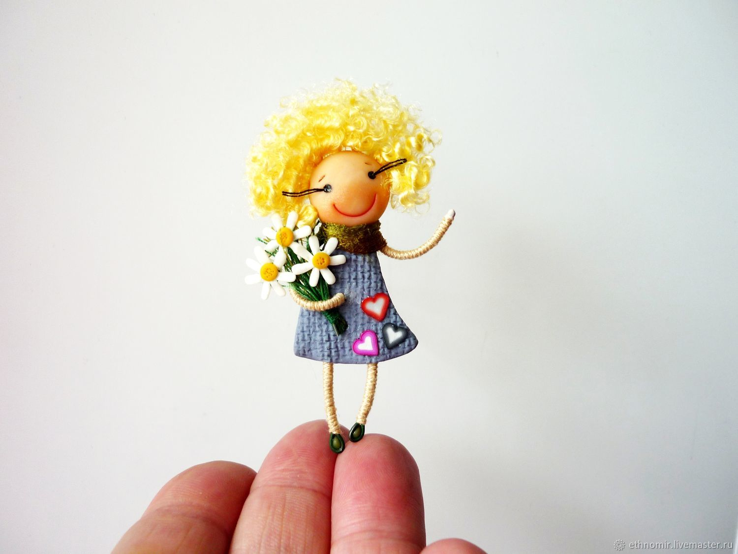 Brooch girl ' I Wish you peace and good!', Brooches, Irbit,  Фото №1