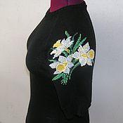 Одежда ручной работы. Ярмарка Мастеров - ручная работа Джемпер с вышивкой. Нарциссы.. Handmade.