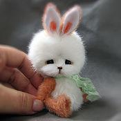Куклы и игрушки ручной работы. Ярмарка Мастеров - ручная работа Зайчик Морковка. Handmade.