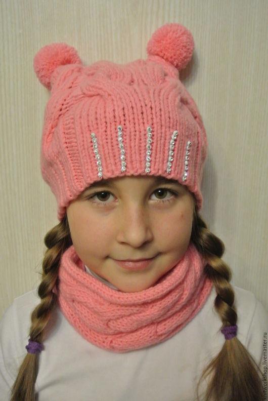 Детские аксессуары ручной работы. Ярмарка Мастеров - ручная работа. Купить Вязаный комплект  шапочка и снуд для девочки. Handmade. Кремовый