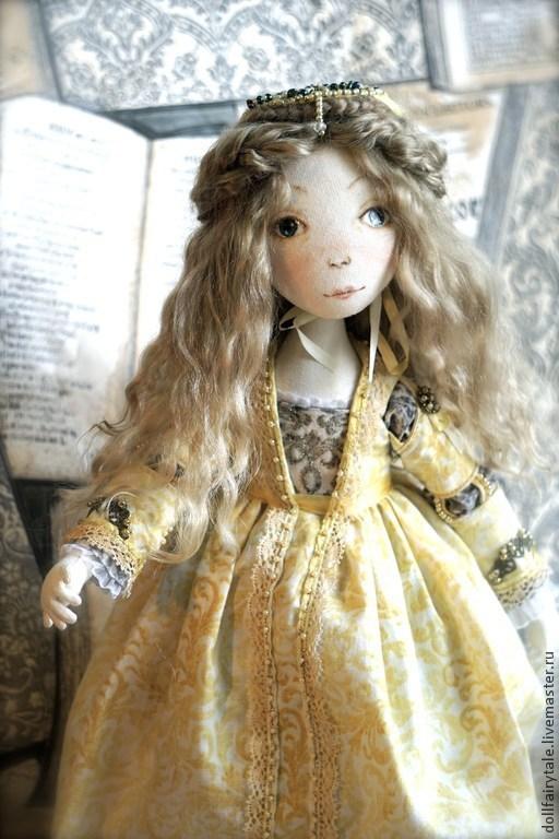 Коллекционные куклы ручной работы. Ярмарка Мастеров - ручная работа. Купить Джульетта. Handmade. Желтый, средневековый, текстильная кукла, реконструкция
