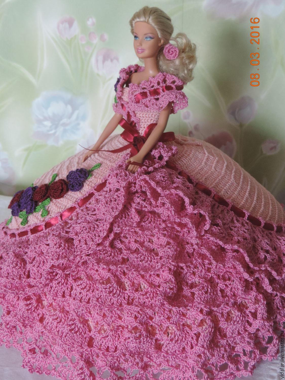 Голубое вязаное бальное платье для барби