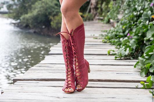 Обувь ручной работы. Ярмарка Мастеров - ручная работа. Купить Женские летние сапоги из натуральной перфорированной кожи. Handmade. Брусничный