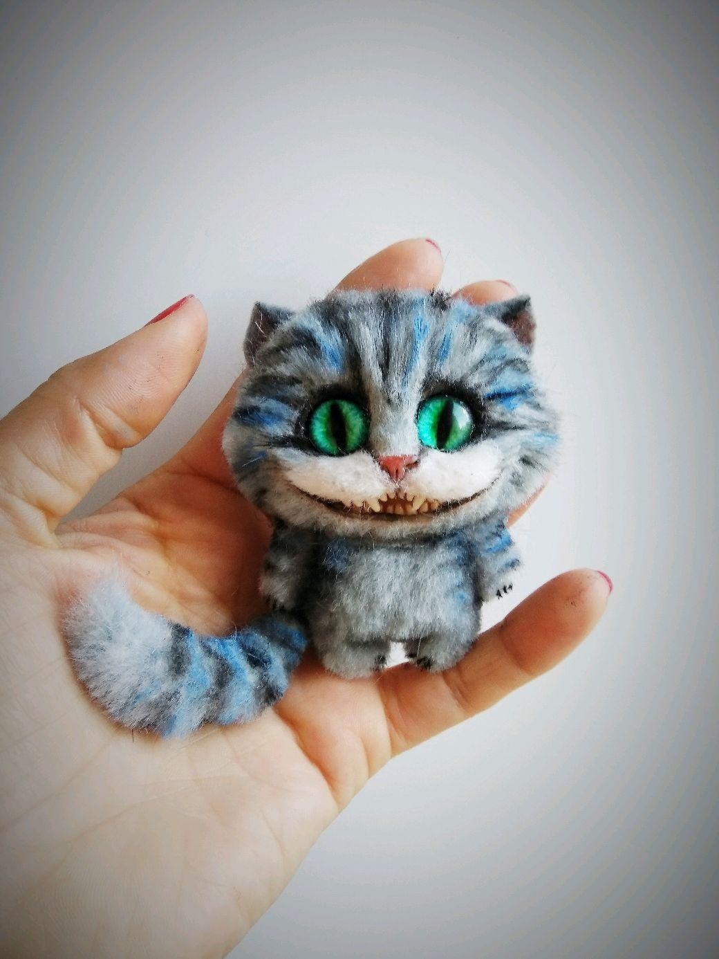 """Броши ручной работы. Ярмарка Мастеров - ручная работа. Купить Брошь в смешанной технике """"Чеширский кот"""". Handmade. Кот, подарок"""